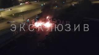 видео В Екатеринбурге загорелся ТРЦ