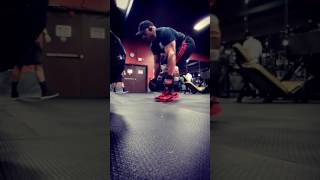 David Stiff deadlifts DB