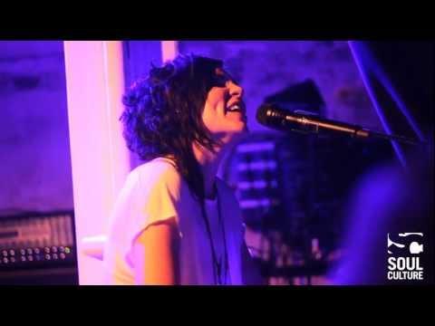 Skylar Grey - Medley live @ 1st UK show in XOYO, London