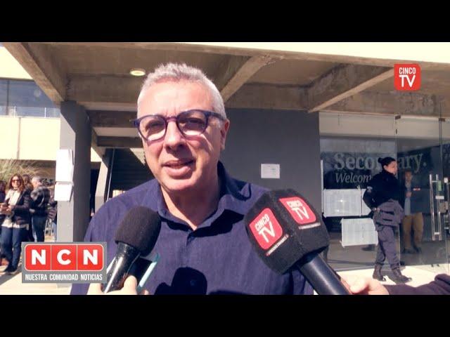 CINCO TV - Julio Zamora precandidato a intendente de Tigre por el Frente de Todos votó en Benavídez