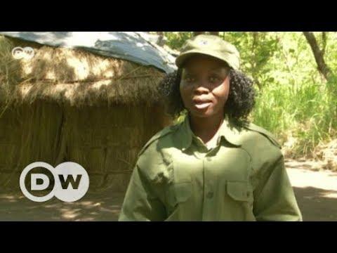 Female rangers in Gorongoza National Park | DW English