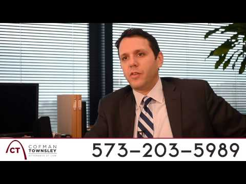 Truck Accident Lawyer Columbia MO   573-203-5989