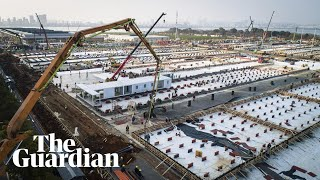 timelapse-footage-captures-wuhan-hospital-construction-video