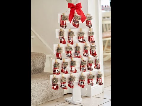 17 Pallet Christmas Tree Ideas - DIY Wood Christmas Tree Plans