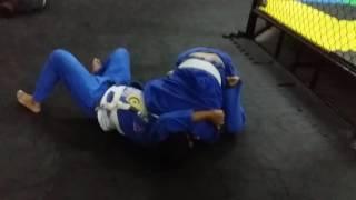 Jiu Jitsu arte, rola de faixa branca(CELSO vs JONAS)