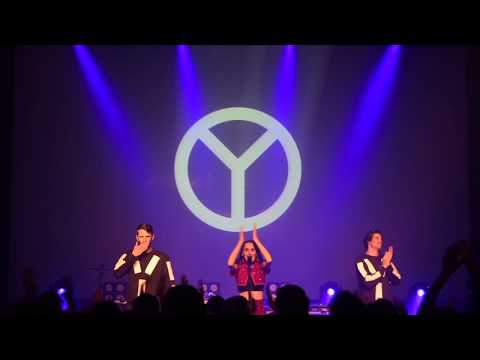 Yelle - Live in Singapore (Post concert video)