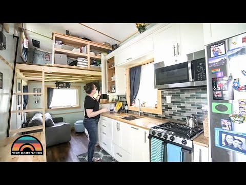 Single Mom Retired From The Army & Moved Into A Gorgeous 5th Wheel Tiny Home