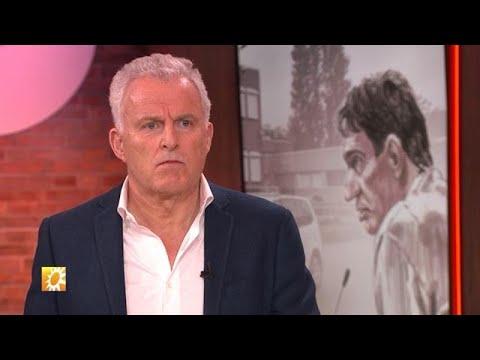 John van den Heuvel weet waarom Peter R. de Vries chagrijnig was  - RTL BOULEVARD