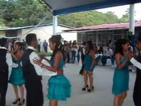 Vestidos de sexto grado verde menta