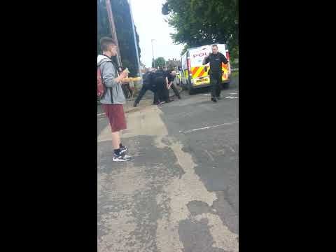 Gmp officers using extreme force on 14yr boy