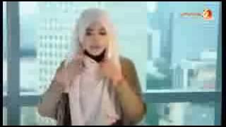 WAPBOM COM   Cara Memakai Jilbab SegiEmpat Untuk Acara Formal