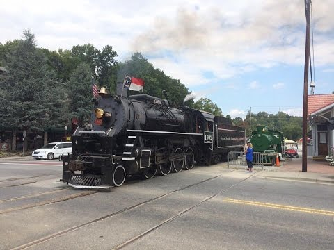 Great Smoky Mountains Railroad 1702: Steam's Great Return to the Smokies! (September 10, 2016)