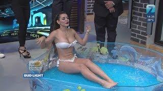 Vanessa ibarra en bikini paga su apuesta ADN  08/10/2018