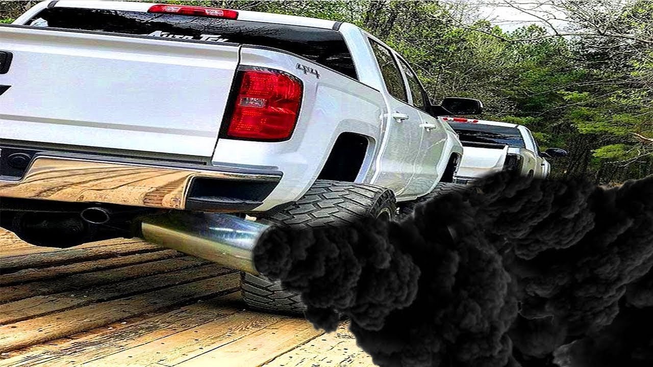 Cheap Diesel Trucks >> Unbelievable And Powerful Diesel Trucks Best Rolling Coal