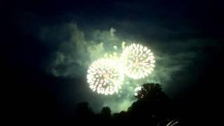 Gambar cover Henley summer fireworks 2011