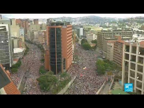 Venezuela crisis: tens of thousands protest against Maduro