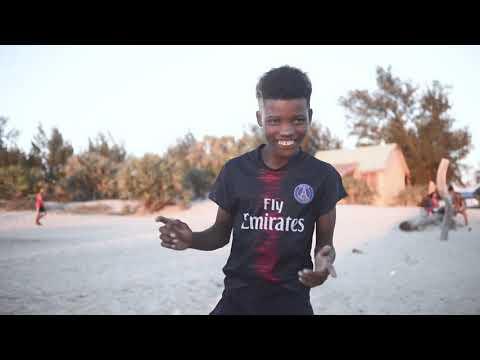 Nambiny de Morombe - Tsapiky ro malaza clip officiel nouveauter 2019