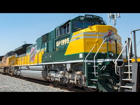 4K: Freight and Passenger Train Action in Los Angeles County - UP 1995, Warbonnets, & More!