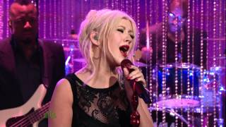 Christina Aguilera - Bound To You - 11.17.10 (Tonight Show With Jay Leno) - VideoMan.mpg