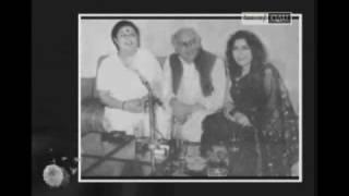Nahi Nigah mein Manzil to Justujo hee sahi-Abida Sings Faiz