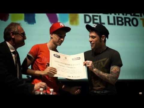 OULXLAB - PREMIAZIONE CONCORSO R.E.P. - Salone del Libro di Torino 2013 - Special guest: FEDEZ