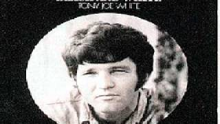 Watch Tony Joe White Wichita Lineman video