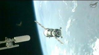 Acoplamiento con éxito de una nave rusa Soyuz a la EEI