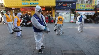 'Draconian measures' in place across China as coronavirus death toll rises