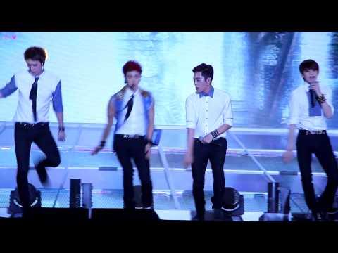 [FANCAM][130812]속초음악대향연 쇼챔피언 BEAST 비스트 - 'Shadow (그림자)'