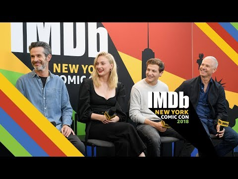 'Dark Phoenix' Stars Sophie Turner and Tye Sheridan Love Director Simon Kinberg   NYCC 2018