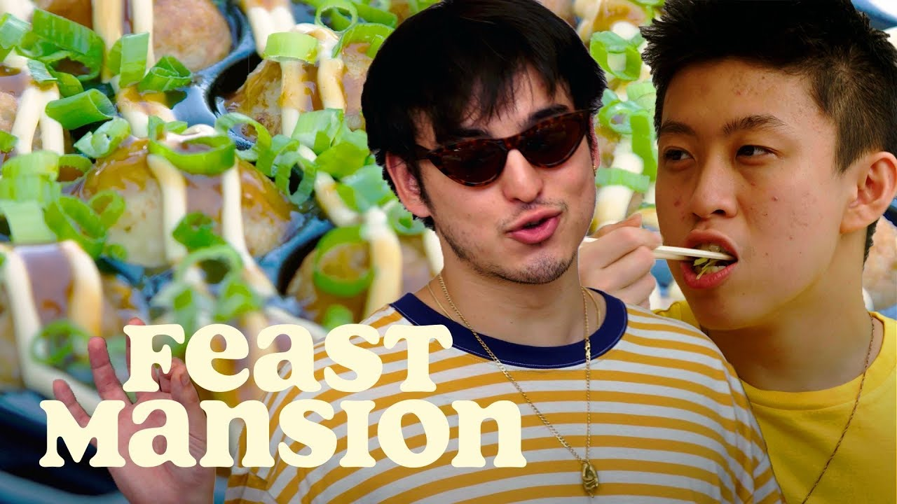 joji-and-rich-brian-make-a-classic-japanese-street-food-feast-mansion