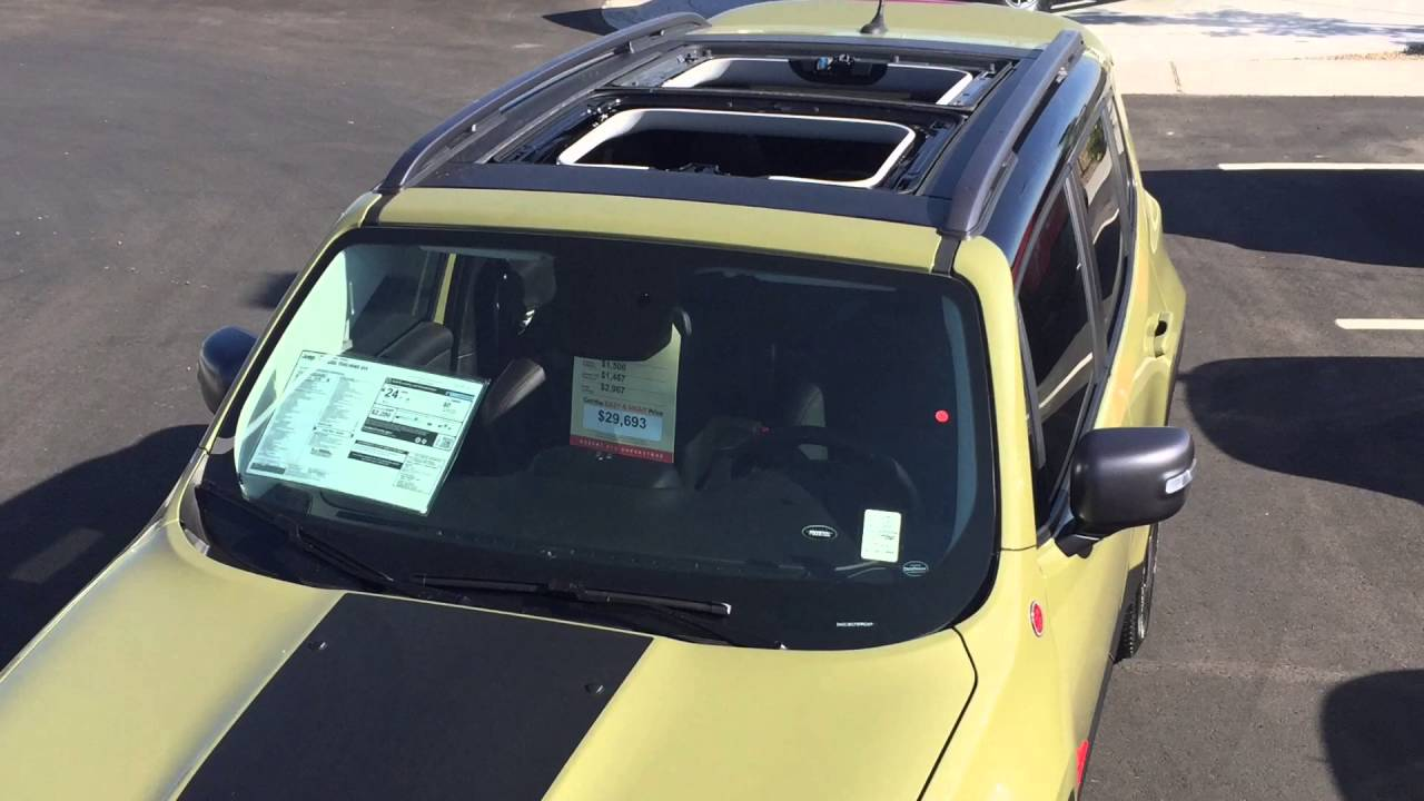 jeep renegade my sky sunroof demonstration youtube. Black Bedroom Furniture Sets. Home Design Ideas
