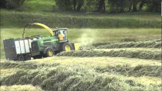 Johnny Neil Contracts silage 2011