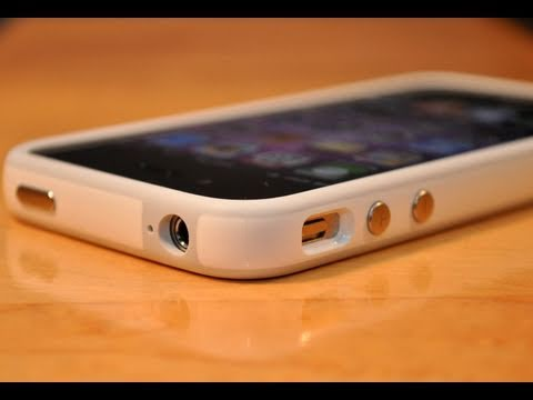 Revised Apple iPhone 4 Bumper: Review
