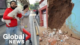 A powerful earthquake centred near the southern mexico resort of huatulco appeared to have killed at least one person, swayed buildings and trees in c...
