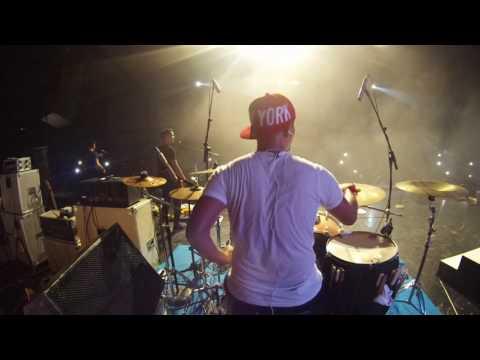 hijau daun live concert papua - cobalah - drum cam - rio star