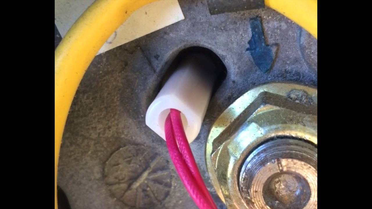 repair horn trigger on a 2001 chevy tahoe [ 1280 x 720 Pixel ]