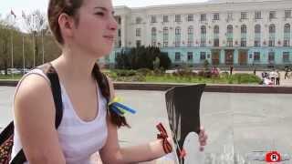 Аня против войны. Одиночный пикет в Крыму