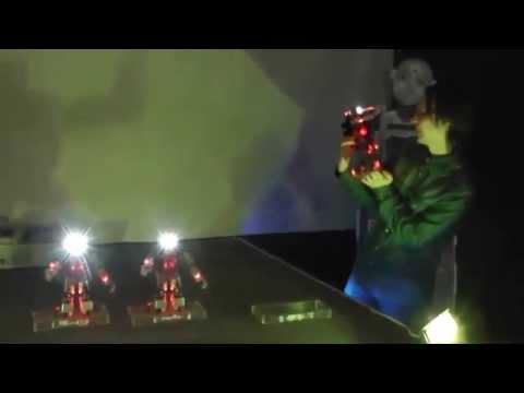 Робобилдер - робот танцор