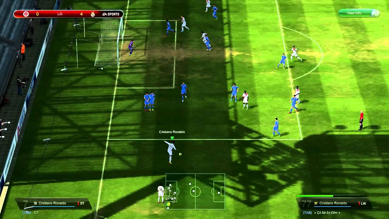 Ronaldo quẩy kinh hoàng trong FIFA Online 3