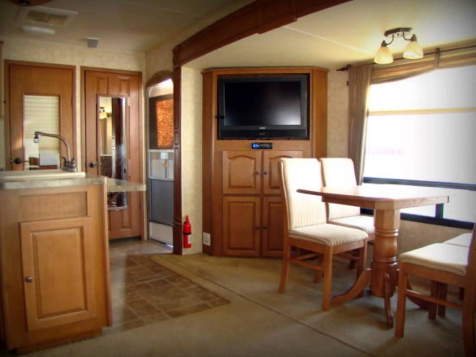 2010 Open Range Journeyer JT305RLS RV Used Camper For Sale