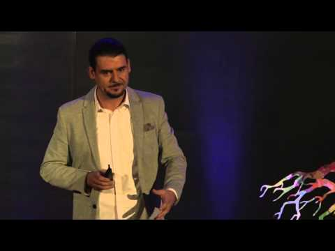 Cómo convertirse en Hacker | José Enrique Alvarez | TEDxCancún