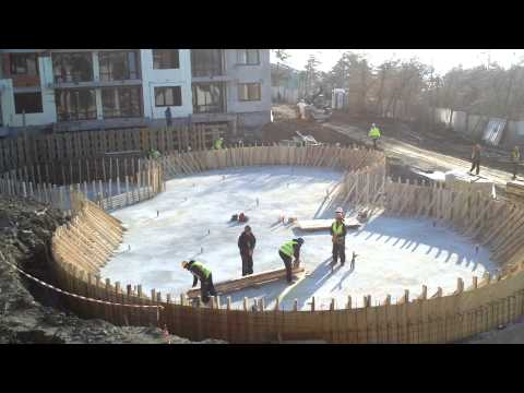 Construction works big swimming pool The Hill Club