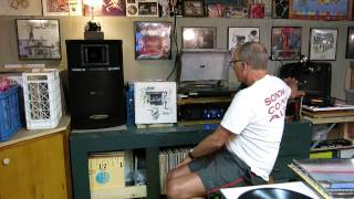 Curtis Collects Vinyl Records: Wings - Beware My Love