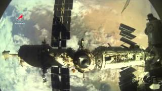 Soyuz Snaps Amazing View Of Space Station Dock Switch | Time-lapse Video