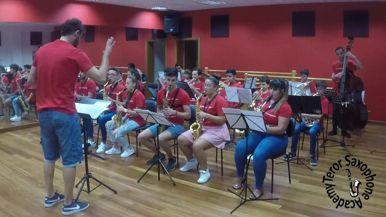 A Dominant Thing (Taller Jazz for Kids 2017) - Teror Saxophone Academy 2017