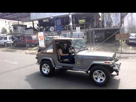 Jayuya ~ Caravana de Jeeps en Vaga Linda