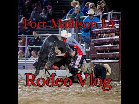 Fort Madison IA - Rodeo Vlog