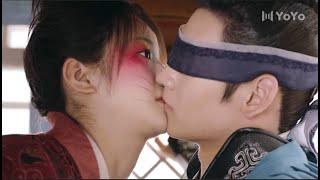 花好月又圆 🥰 女主意外救了少将军,不料女主摔了一跤,扑倒在少将军怀里,两人亲上了 🥰 中国电视剧