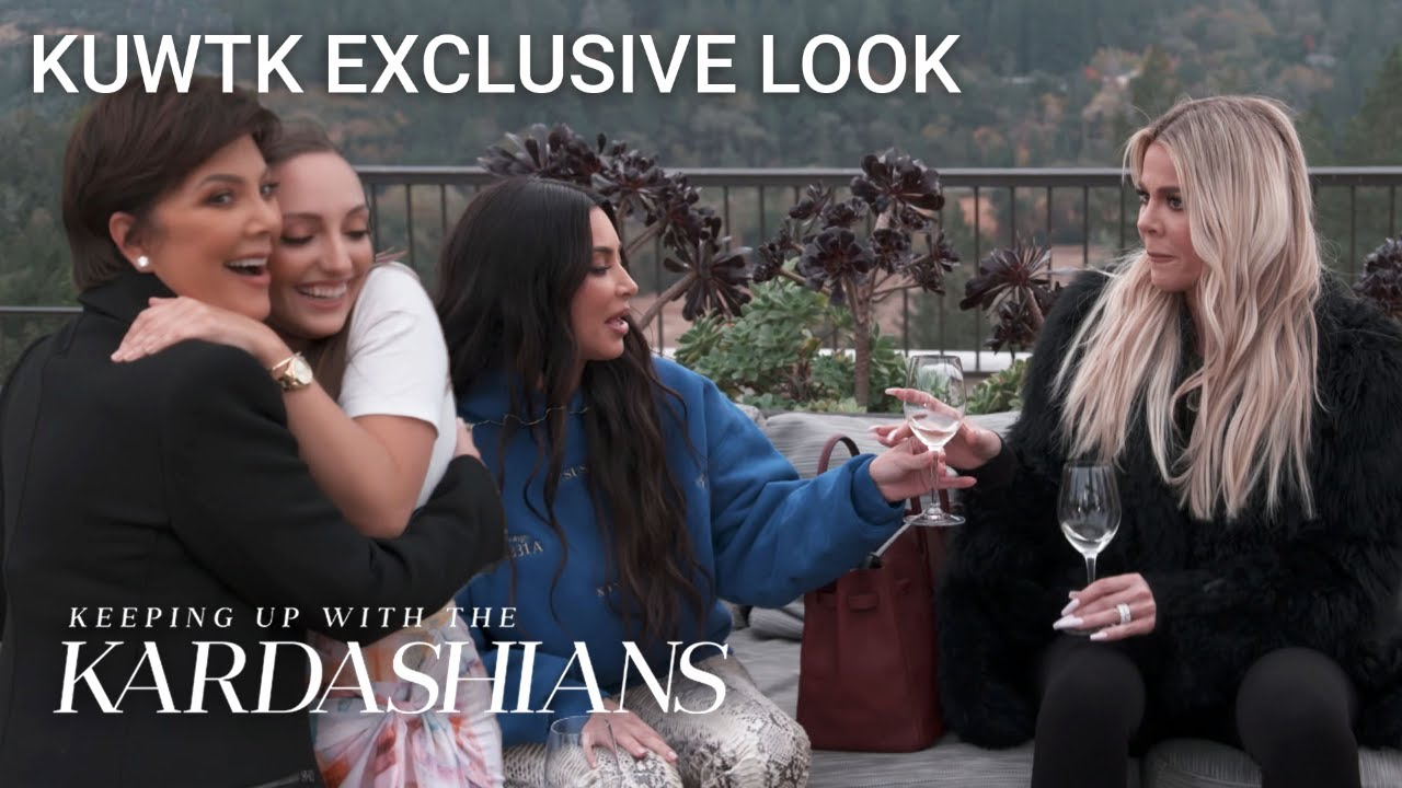Khloé Dares Kris Jenner to Compliment Strangers in Napa Valley | KUWTK Exclusive Look | E!